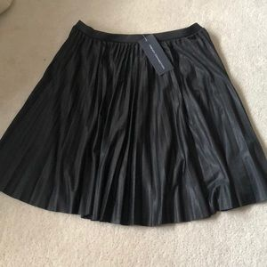French connection pleated skirt!